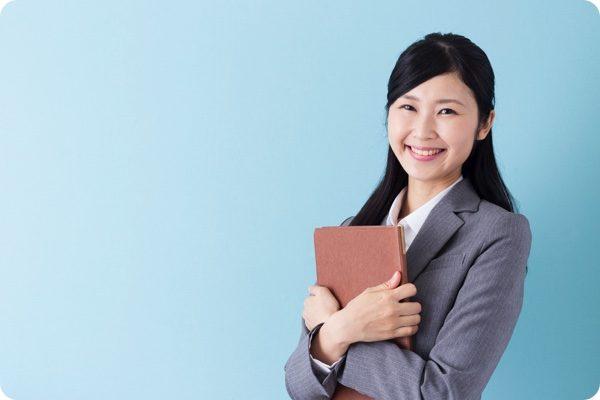 リフォームコンサルタントの女性